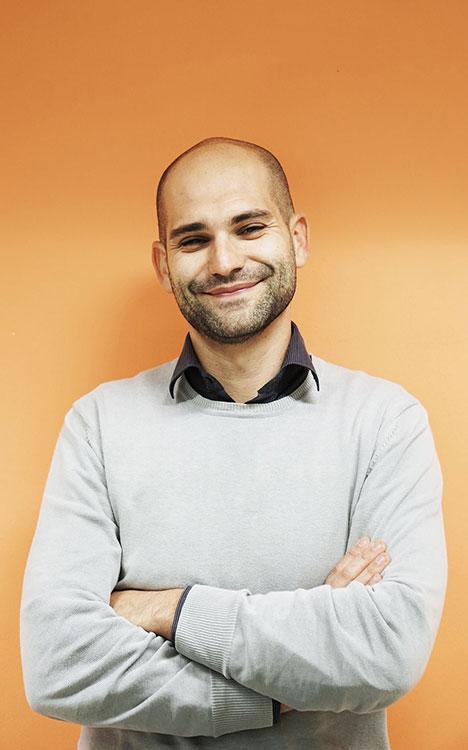 Stefano, gestione polizze e rapporto clienti di Caliandro Assicurazioni